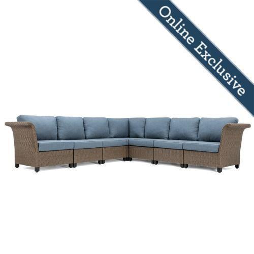 Nolin 7pc Sectional w/ Blue Cushion