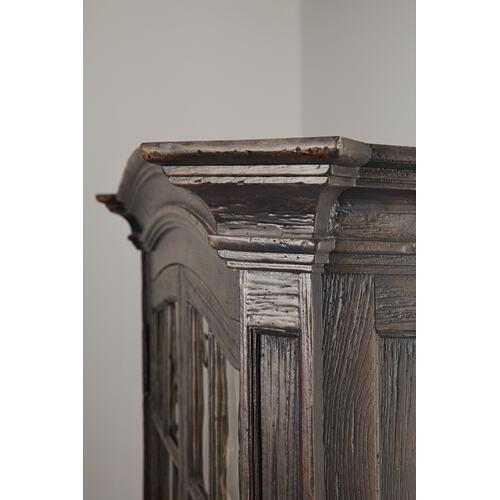 Hooker Furniture - La Grange Mullins Prairie Display Cabinet