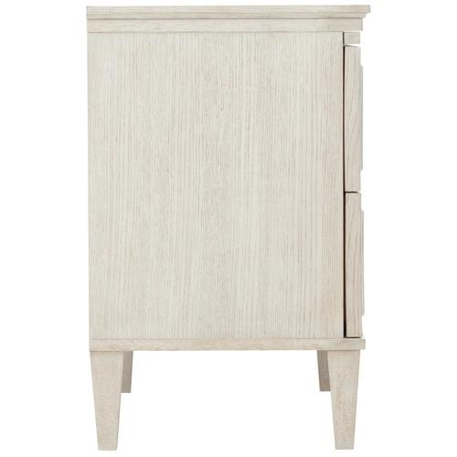 Allure Bachelor's Chest in Manor White (399)