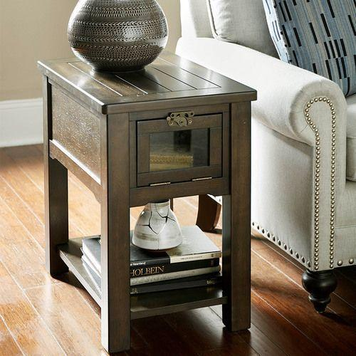 Tribute Chairside Table