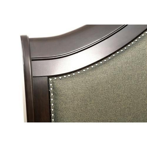 Gallery - Queen Sleigh Platform Bed