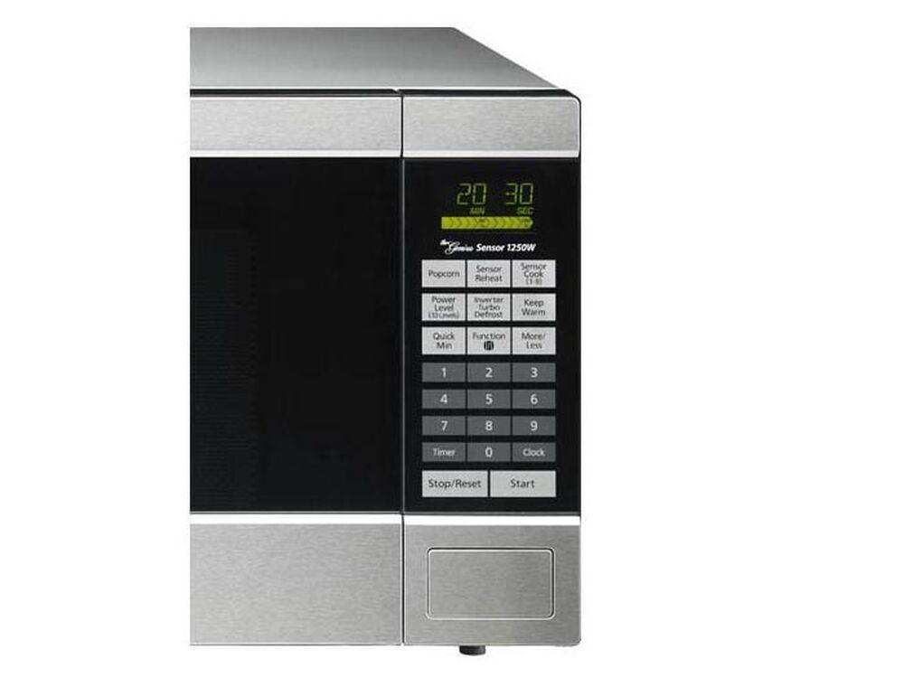 PanasonicFull Size 1.6 Cu. Ft. Counter Top Microwave Oven With Inverter Technology