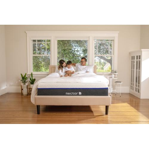 Lush Luxury Plush Non-Quilted Smooth Top California King Memory Foam Mattress