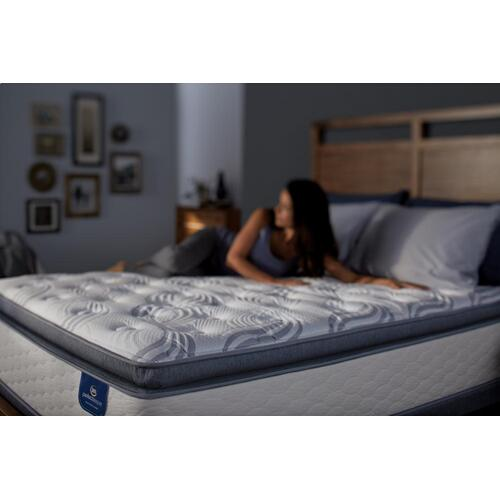 Perfect Sleeper - Select - Redwin - Super Pillow Top - Twin