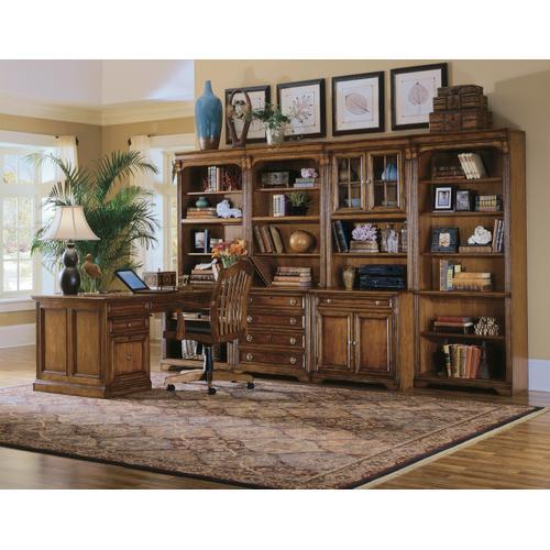 Hooker Furniture - Brookhaven Tilt Swivel Chair