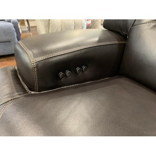 Mw Home - Leather Power Loveseat w/ Power Headrest