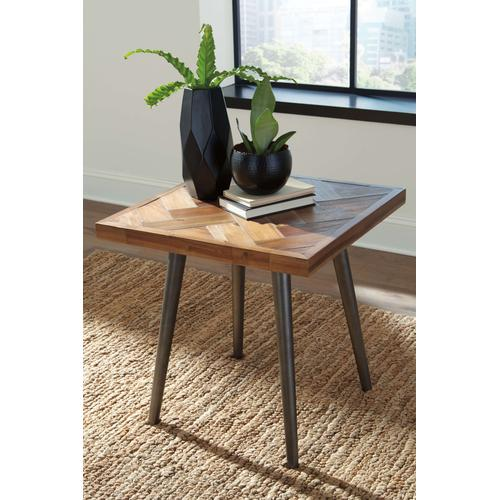 T355 Cocktail and End Table - Vantori