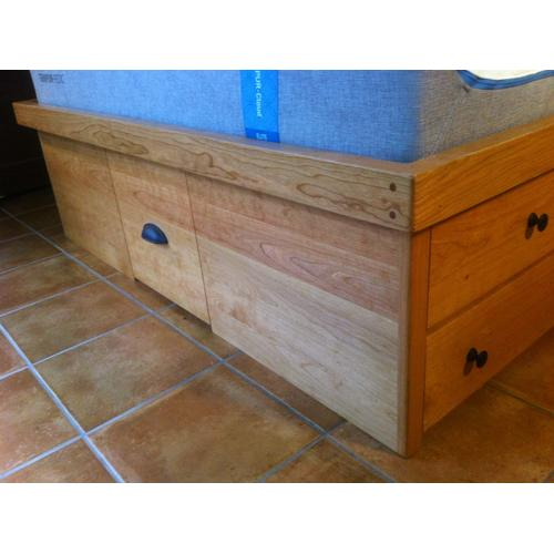 "Shaker Queen Size Chested with 12"" Bookcase Slant Headboard and Attached Shaker Nightstands"