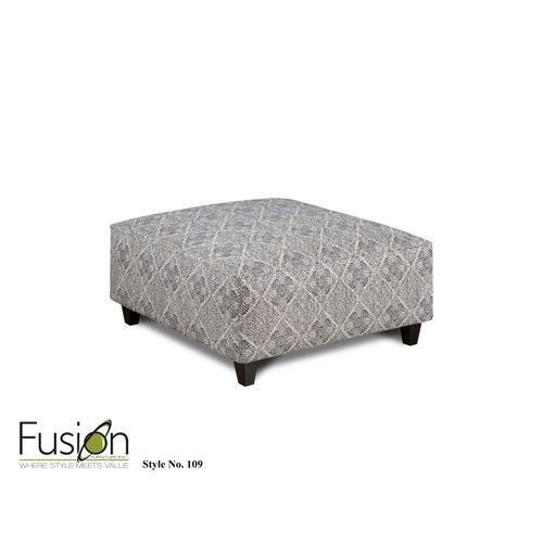 CL2810  Sofa, Loveseat, Chair & Ottoman - Catalina Linen - LOVESEAT & CHAIR IN STOCK
