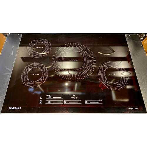 Frigidaire FFIC3026TB   30'' Induction Cooktop