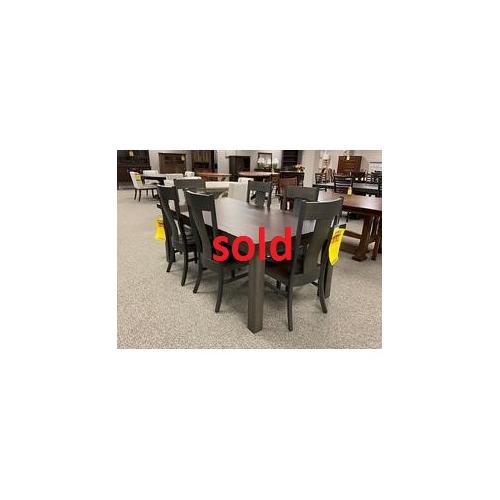 Amish Craftsman - 42x78 Solid Top Table Set