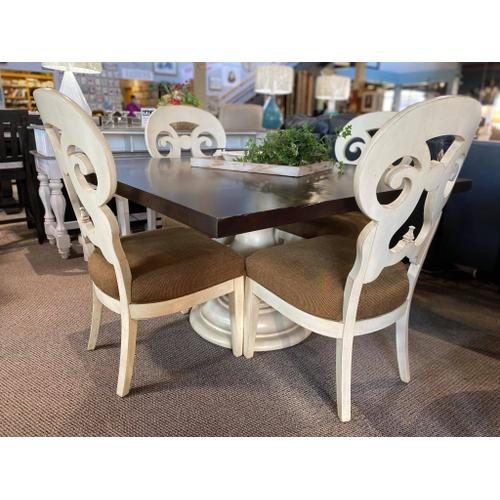 Drexel Heritage - Table & 4 Chairs