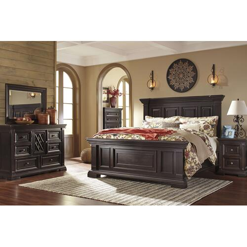 Ashley Furniture - Ashley Furniture B643 Willenburg Bedroom Set Houston Texas USA.