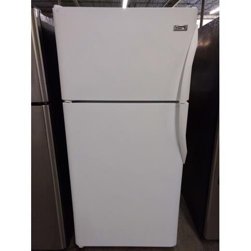 White Crosley Top Mount Refrigerator (This may be a Stock Photo, actual unit (s) appearance may contain cosmetic blemishes. Please call store if you would like additional pictures). This unit carries our 6 Month warranty, MANUFACTURER WARRANTY and REBATE NOT VALID with this item. ISI  37266 B