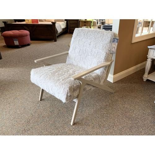 Faux Fur Accent Chair Style CRF #085991