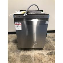 Front Control Dishwasher with QuadWash™ and EasyRack™ Plus **OPEN BOX ITEM** West Des Moines Location