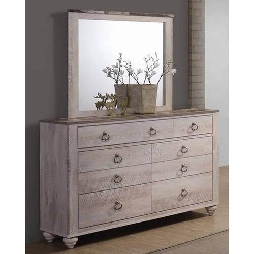 Lifestyle - Cottage Queen Bedroom - Panel Bed (Headboard, Footboard, Rails), Dresser, Mirror