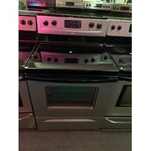 30-inch Freestanding Electric Range (This is a Stock Photo, actual unit (s) appearance may contain cosmetic blemishes. Please call store if you would like actual pictures). This unit carries our 6 month warranty, MANUFACTURER WARRANTY and REBATE NOT VALID with this item. ISI 35204