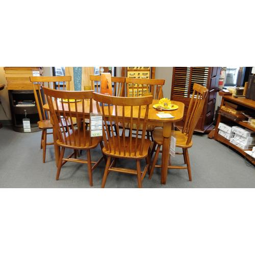 New Harvest Table & Chairs