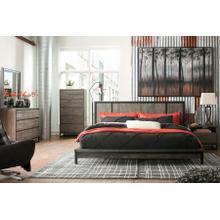 Cazentine - Queen Panel Platform bed, Dresser, Mirror, & 1 x Nightstand