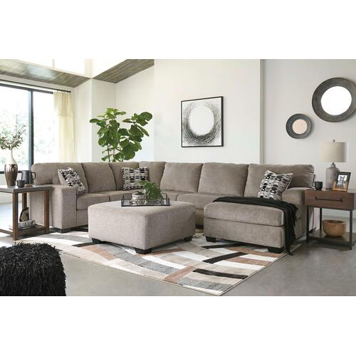 80702  Sectional with Ottoman