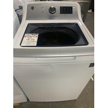 GE® 4.8 cu. ft. Capacity Washer with Sanitize w/Oxi and FlexDispense™ **OPEN BOX ITEM** Ankeny Location