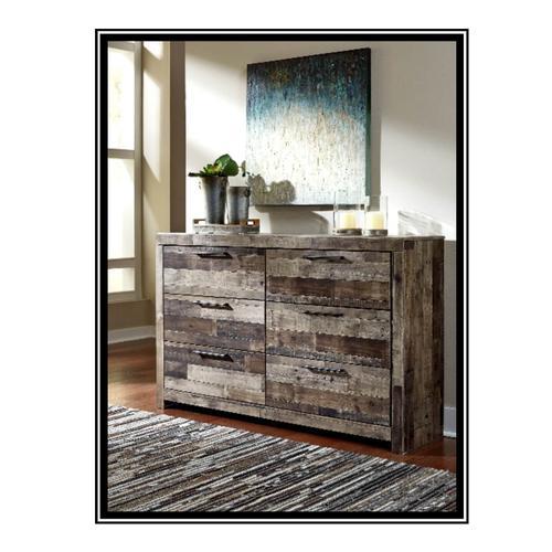 Benchcraft - Derekson Dresser with Mirror