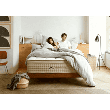 Dream Cloud's Luxury Hybrid Mattress
