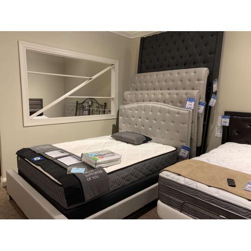 Hillsdale Furniture - Lila, Megan, Napelton, Churchill Upholstered Queen & King Headboards