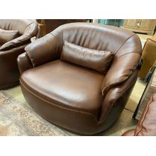 Product Image - Luna Swivel Chair