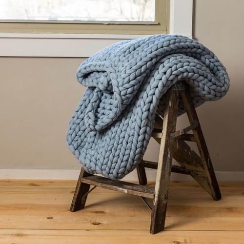 Chunky Knit Throw - Blue