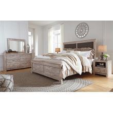 Willabry - Queen Bedroom Set - Light Natural