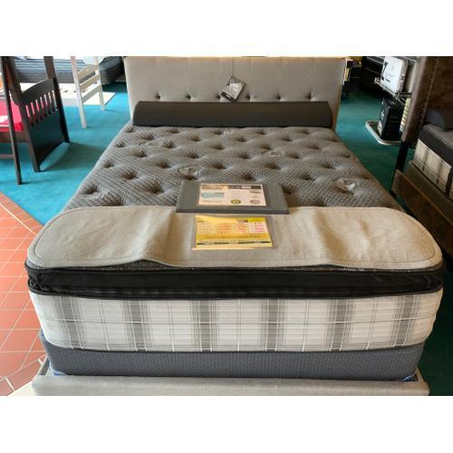 Fermata Pillow Top Plush - Bravura Series
