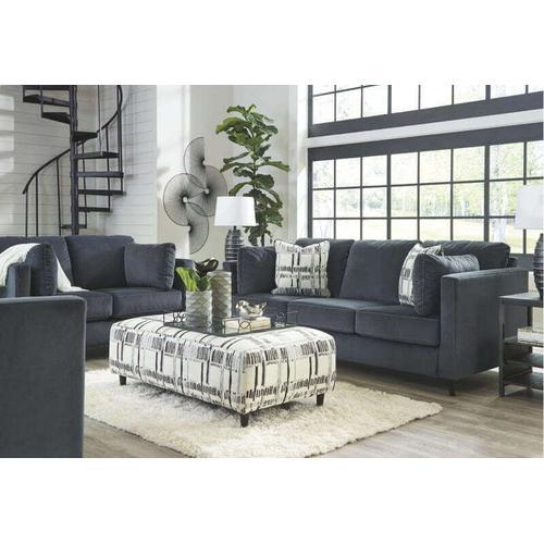 Kennewick Shadow Sofa & Loveseat