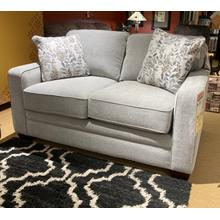 Meyer Loveseat in Platinum       (630-694-C151651/J170865,44982)