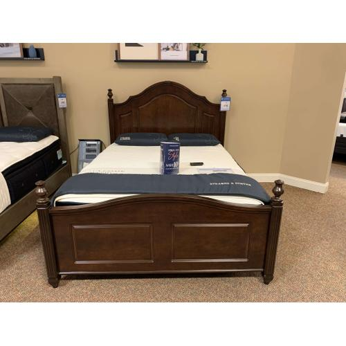 Queen Wooden Bed Style# ALE-382