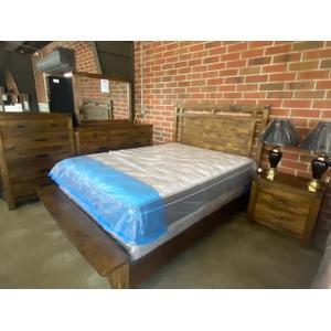Gallery - Queen Bed, Dresser, Mirror, Chest and Nightstand