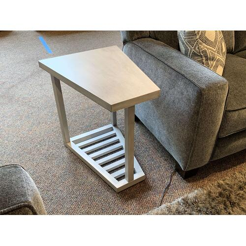 Lincoln Park - Coffee Table and Matching End Tables (Retired)