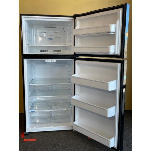 Treviño Appliance - Frigidaire Top and Bottom Black Refrigerator