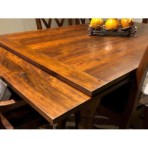 West Virginia Stow Dining Collection