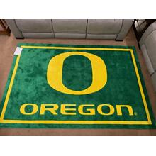 University of Oregon rug 8' x 10'