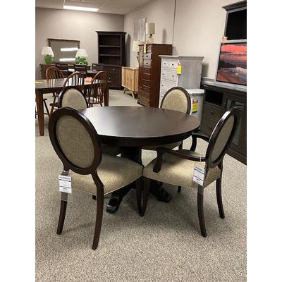 "48"" Round Table Set"