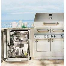 The First Ever Outdoor Dishwasher!