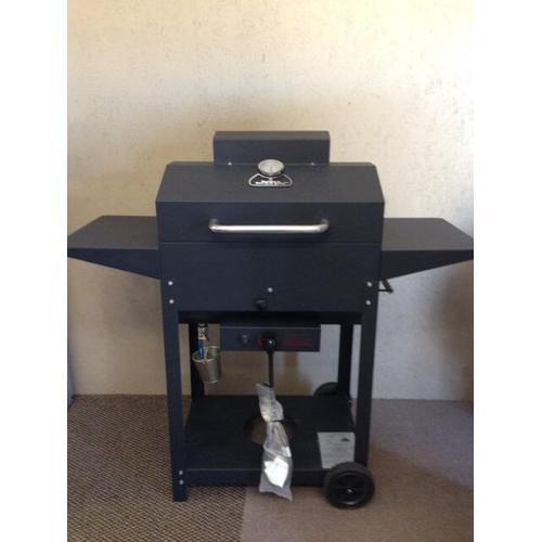 Bubba Bar- B- Q Oven