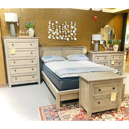 Witmer Furniture - TAYLOR J Bedroom group in Grey Birch     (DB126,NB122,BB125,CB123)