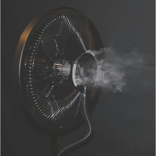 Sunheat - SUNHEAT SUNHEAT CoolZone 18 in. 9 speed Electric Oscillating Misting Fan - Case
