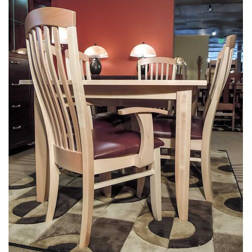 Unplugged Furniture - Curved Rockton Leg Dining Room Set