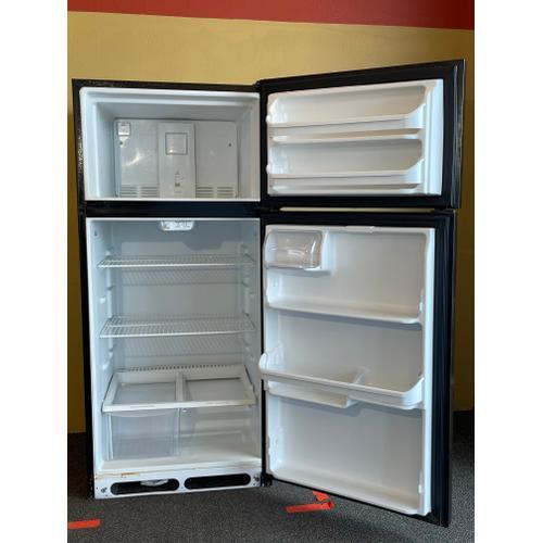 Treviño Appliance - Frigidaire Black Top and Bottom Regrigerator