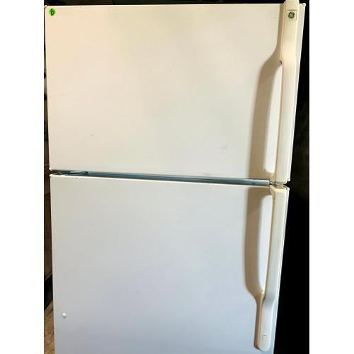 USED- 18.2 Cu.Ft. Top-Freezer, Frost-Free Refrigerator- TMWH28-U SERIAL #92