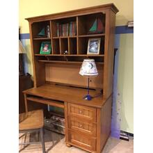 2 piece computer desk and hutch